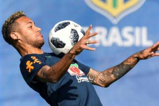 Neymar bantah hengkang ke Real Madrid