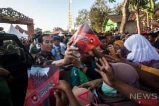 Jokowi ajak masyarakat tonton film