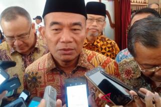 Pascagempa, Mendikbud tak liburkan sekolah di Lombok