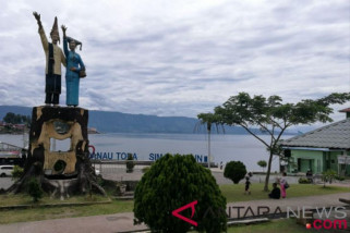 Kehadiran penerbangan AirAsia ke Silangit menambah wisatawan