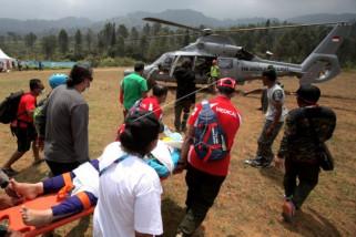 Tim medis paralayang tuai pujian saat evakuasi atlet Afghanistan
