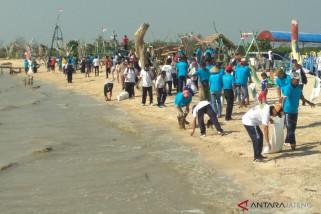 KKP ajak masyarakat Jepara jaga kebersihan pantai