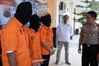 Tiga pencuri kendaraan bermotor di Cilacap dibekuk