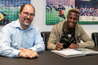 Schalke resmi rekrut Mendyl dari Lille