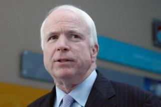 Trump dan selebritis berduka atas wafatnya John McCain