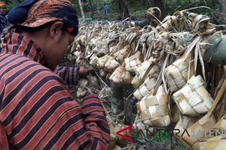 Panen melimpah, warga Temanggung gelar Nyadran Sewu Kupat