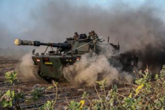 Uji daya gerak medium tank Pindad