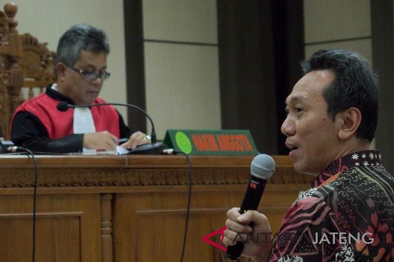 Sidang Bupati nonaktif Kebumen Yahya Fuad