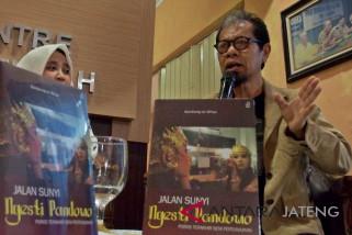 Peluncuran buku Ngesti Pandowo