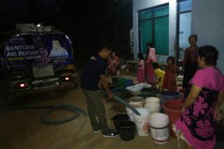Bantuan air datang, warga Dukuh Jetis senang
