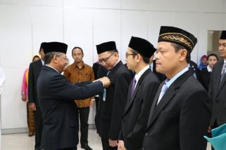 Pejabat RS UNS diminta tingkatkan kualitas pelayanan