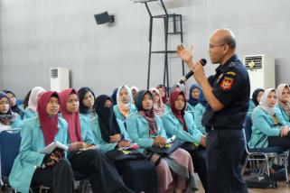 Mahasiswa UNS perkaya wawasan kepabeanan dan cukai