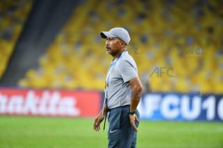 Fakhri minta pemainnya sehari lupakan sepak bola