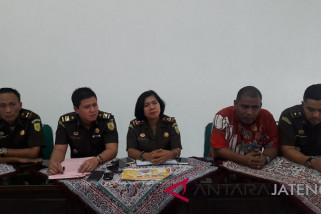 Rugikan negara Rp103 miliar, dua mantan direktur BKK Pringsurat ditahan