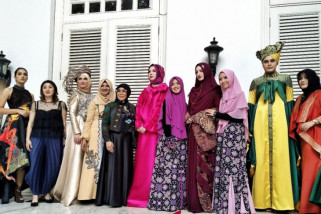 Enam desainer Indonesia berlaga di Paris Fashion Week