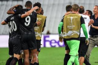 10 pemain Frankfurt curi tiga poin dari kandang Marseille