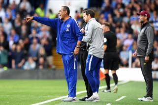 Liverpool masih selangkah di depan, kata Sarri
