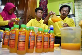 Produksi minuman herbal