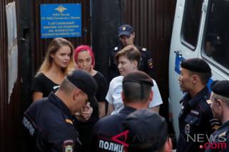 Anggota band punk Pyotr Pussy Riot telah sadar setelah keracunan