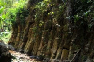 Bumdes Tamanrejo Kendal garap Watu Tumpuk Gunung Prau