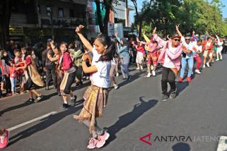 Ekosdance Compeny menari di SCFD