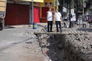 Hendi pastikan relokasi PKL Sungai BKT bakal lancar