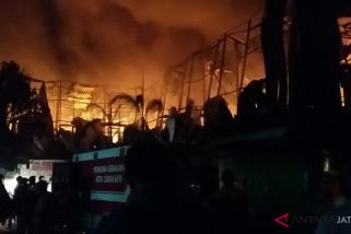 Pemkot segera siapkan lokasi darurat pedagang Pasar Legi