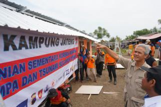 Ganjar cek pembangunan hunian sementara di Palu