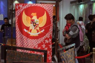 Batik motif Garuda Pancasila