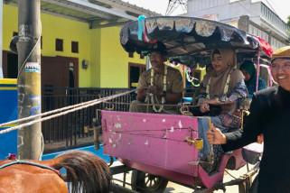 Dewi Aryani Resmikan Kampung KB di Tegal
