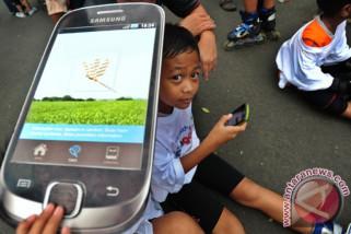 Kecanduan gadget akan berkurang bila orangtua habiskan waktu dengan anak
