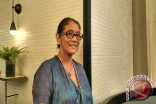 Jajang C. Noer: Titi Qadarsih sosok perempuan hebat