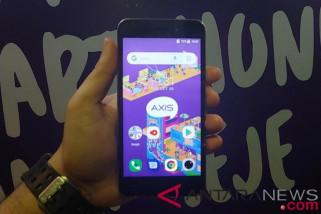 Axis incar posisi pertama smartphone dibawah Rp1 juta