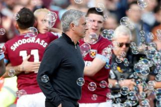 Mourinho merasa tidak tertekan jelang laga MU vs Valencia