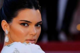 Kendall Jenner buat akun palsu untuk memata- matai mantan pacar