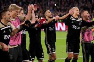 Liga Champions, hasil pertandingan dan klasemen Grup E