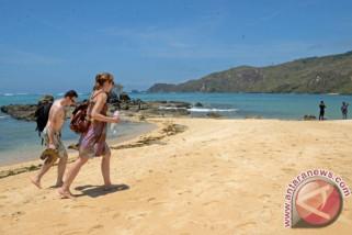 Sektor pariwisata menjadi alternatif sumber pendapatan saat pelemahan rupiah