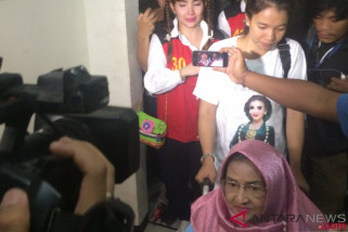 Jenasah Retno akan dimakamkan di Yogyakarta , Roro Fitria tunggu izin