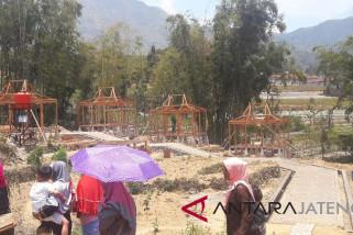 Desa Purbosari Bangun Rumah Panggung untuk Wisatawan