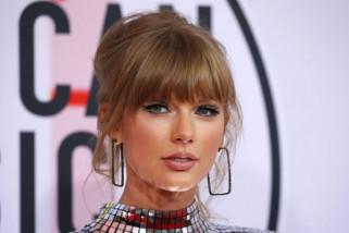 Taylor Swift diam-diam bertunangan dengan Joe Alwyn
