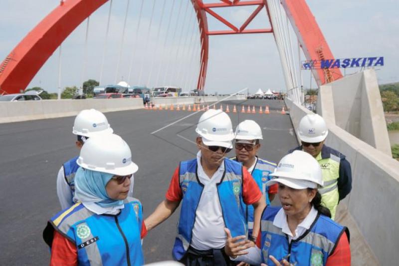 Ekspedisi tembus tol trans Jawa