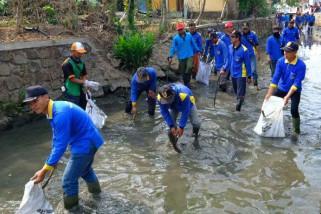 Sekda: Bersihkan sungai sebelum musim hujan