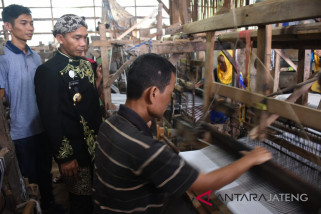 Tembus pasar luar Jawa, produk ATBM Batang terkendala pekerja