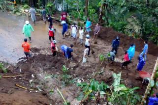 Menghadapi musim hujan dan upaya mencegah banjir