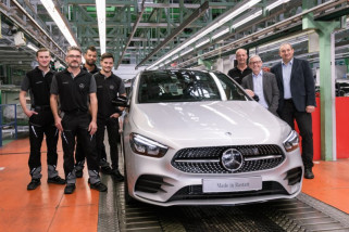 Mercedes-Benz B-Class terbaru dibekali teknologi semi-otonom