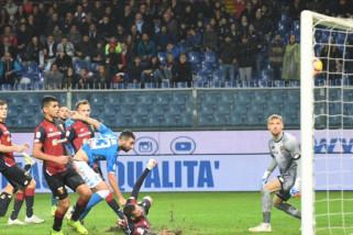 Sempat tertinggal, Napoli bangkit kalahkan Genoa 2-1