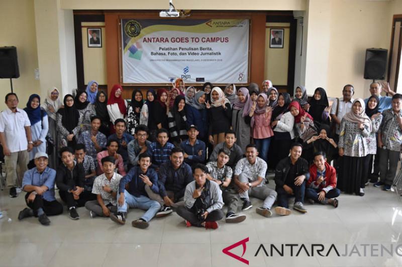 Pelatihan jurnalistik di Universitas Muhammadiyah Magelang