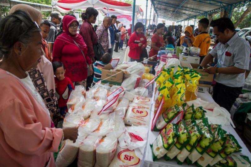 Pasar murah jelang Natal