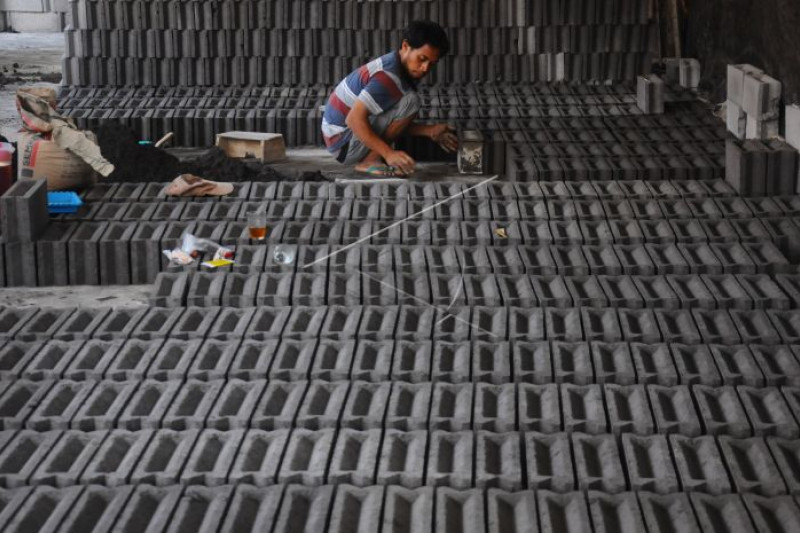 Produksi batako