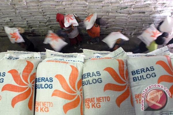 Stok beras DIY cukup hingga Maret 2013